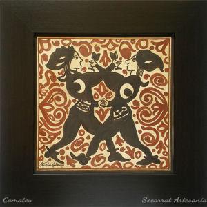 Regalo Socarrat Artesanía jóvenes danzando y brindando con la luna en las mangas símbolo del señor de Paterna