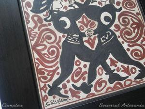 Detalle del Socarrat: jóvenes danzando y brindando con la luna en las mangas símbolo del señor de Paterna