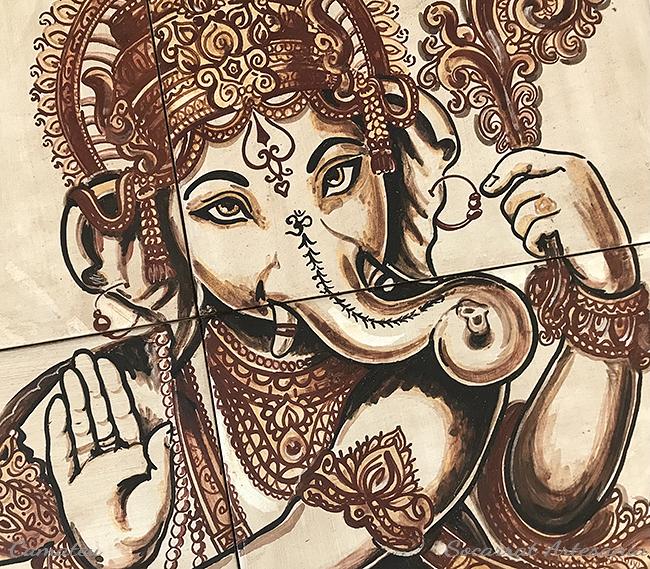Ganesha mural cerámica detalle cabeza